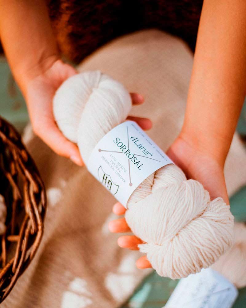 vivir-la-lana-sorrosal-knitting-the-skyline-dLana